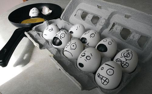 معرض مضحك رسم وجوه تعبيرية على البيض Egg1