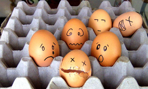 مسكين البيض....! Egg9